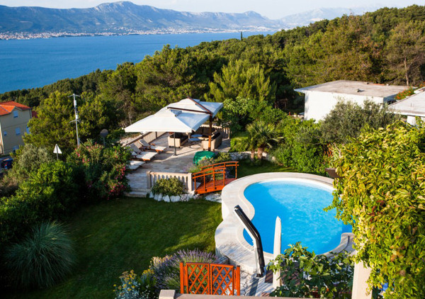 Luxury Mansion in Ciovo Island near Trogir