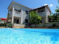 Villa With Pool  and Jacuzzi Bathroom in Supetar ; island Brac