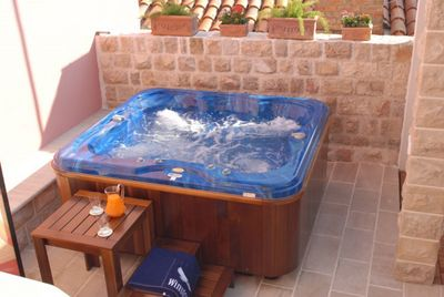 Holiday Villa with Jacuzzi in Cavtat; Dubrovnik Riviera