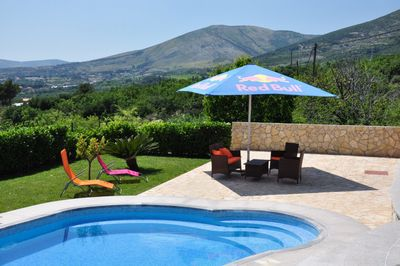 Luxury 6 person villa with pool in Kastel Stari