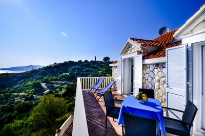 Astonishing Luxury Villa with Pool in Soline, near Dubrovnik