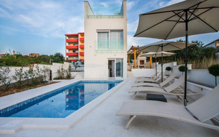 Luxury Villa with Pool in Okrug Gornji near Trogir