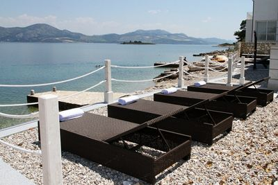 Exclusive beachfront villa with pool for 14 persons in Sreser, Peljesac