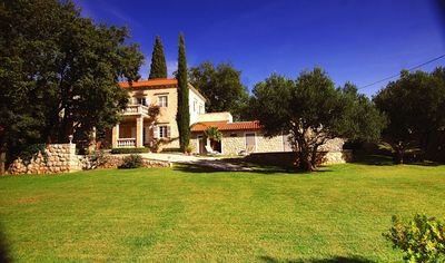 Luxury Stone Villa with Pool for 8 people in Cilipi near Dubrovnik