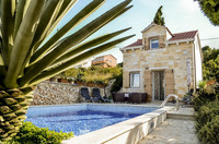 Stylish Villa with Pool in Town Supetar, Island Brac