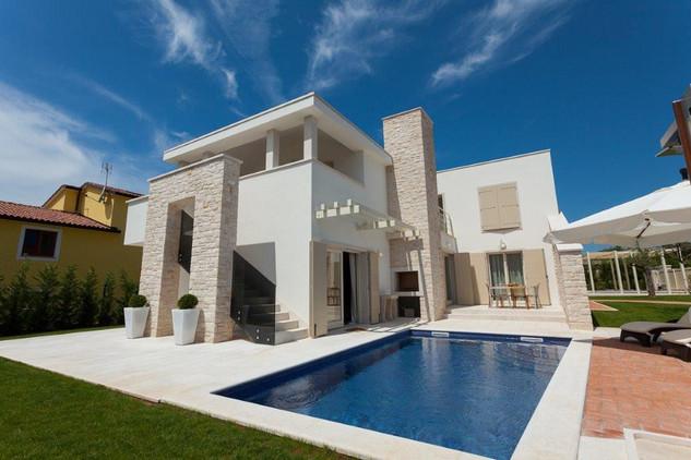 Luxury villa with swimming pool near porec in istria - Luxury hotels in madrid with swimming pool ...
