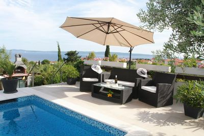 Modern 5 Bedroom Villa with Beautiful Garden and Pool in Ciovo near Trogir