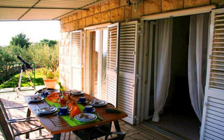 Beautiful 3 Bedroom Holiday House near the Beach in Sumartin Island Brac
