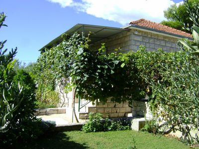 Beautiful 3 Bedroom Holiday House near the Beach in Sumartin, Brac island