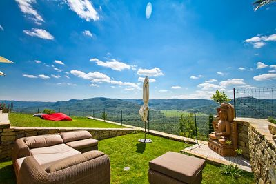 Charming Antique Style Villa with Pool in Heart of Istria; Motovun