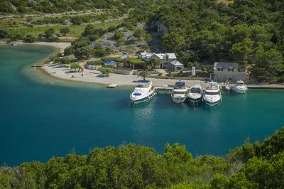 Adorable Dalmatian Beachfront House in Secluded Bay in Brac Island