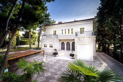 Exclusive Beachfront Villa in Split