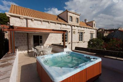 Luxury Stone Villa with Heated Swimming Pool and Outdoor Jacuzzi in Heart of Town Cavtat