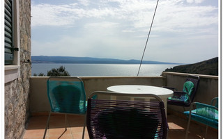 Beautiful Stone House with Sea View in Medici Omis Riviera
