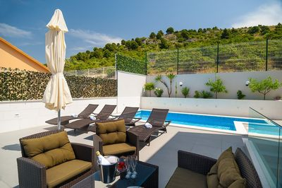 Attractive Villa with Beautiful Garden, Pool and Marvelous Sea View near Rogoznica