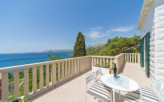 Beautiful Seaside Holiday House in Cavtat near Dubrovnik