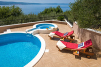 Elegant Villa with Luxury Facilities and Equipment in Omis Riviera