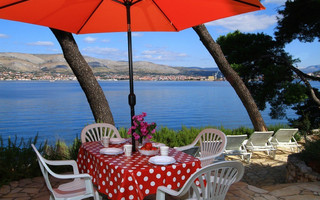 Adorable Beachfront Holiday House with Amazing Sea View Island Ciovo