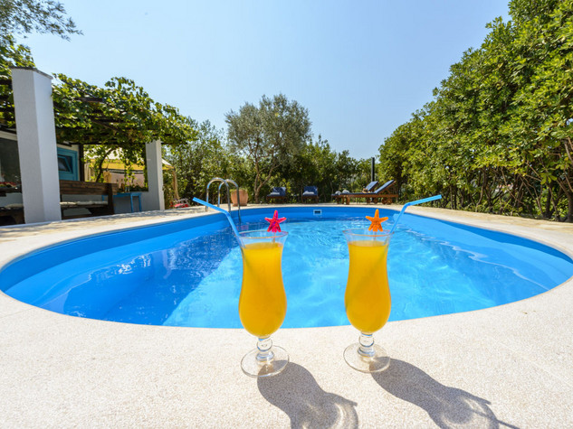 Wonderful Villa with Pool and Summer Kitchen in Dubrovnik Area