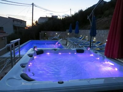 Grand Luxury Villa  With Pool & Jacuzzi, Omis Riviera