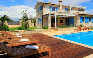 Beautiful Holiday House with Pool, Sauna, and Amazing Terrace Istra