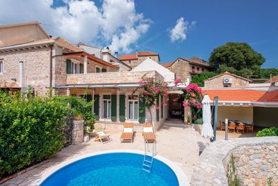 Countryside Villa With Pool On and Wine Boutique on Island Hvar