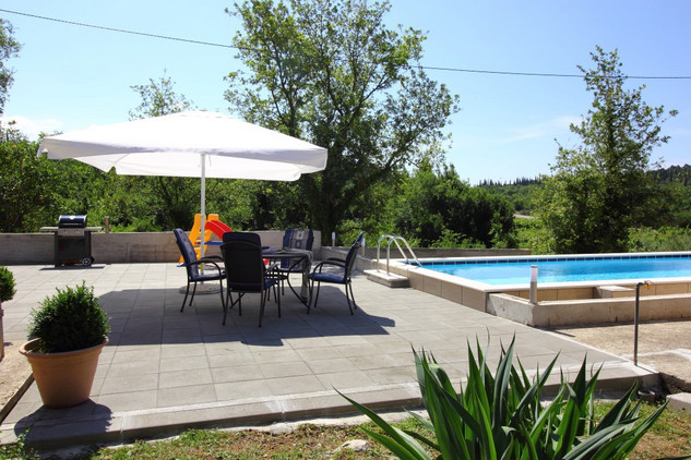 Vacation House with Pool and Attractive Garden Konavle