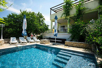 Sutivan Holiday Home with Pool Island Brac