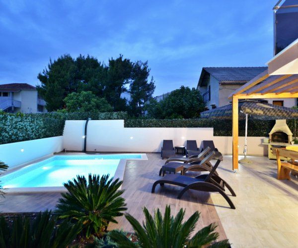Luxury Modern Villa With Pool And Roof Terrace Island Ciovo