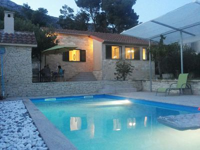 Romantic Holiday House with Pool in Kastel Sucurac near Split