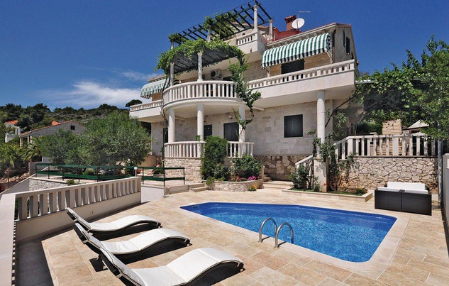 Large Seafront Holiday House with Pool and Outdoor Terrace Island Brac