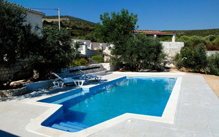 Stylish 3 Bedroom Villa with pool in Trogir Area