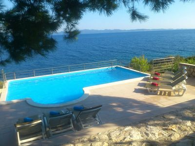 Luxury Stone Villa with Pool, Private Beach, and Own Helipad Peljesac Peninsula