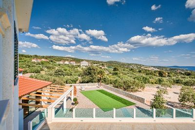 Gorgeous Villa with Large Yard & Heated Pool and Amazing Sea Views in Riviera Rogoznica