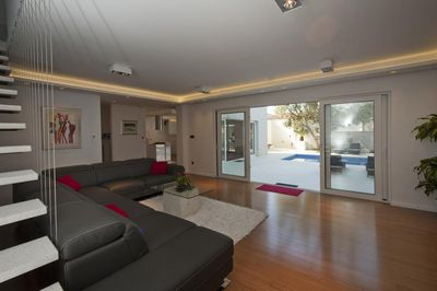 Luxury 3 Bedroom Apartment with Private Pool near Split Town Center