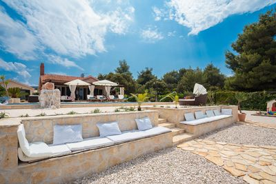 Charming Croatian Beach Villa Mirca with Pool