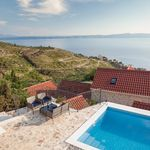 Sea View Stone Holiday Villa with Large Swimming Pool in Podgora near Makarska