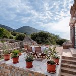 Charming Authentic Holiday House with Sea View and Pool Island Vis