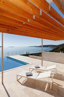 Modern Seafront 5 Bedroom Villa with Infinity Pool and Private Beach Island Vis
