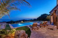 Superior Villa Hvar with Pool in Great Location in Hvar