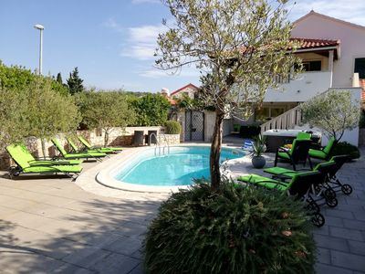 Island Brac Large Holiday House with Pool and Facilities for Children