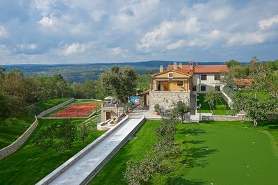 Fascinating Istrian Luxury Resort with Golf Course, Tennis Court, Swimming Pool