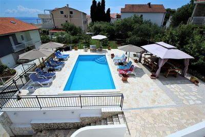 Spacious 4 Bedroom Holiday House with Private Pool near Trogir