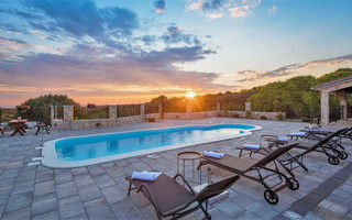 Beautiful Stone Holiday Villa with Pool and Gorgeous Sea Views Rogoznica