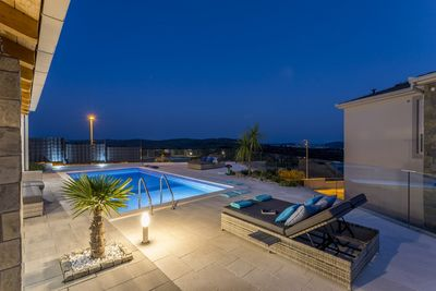 Amazing 3 Bedrooms Villa with Heated Pool and Beautiful Views above Rogoznica