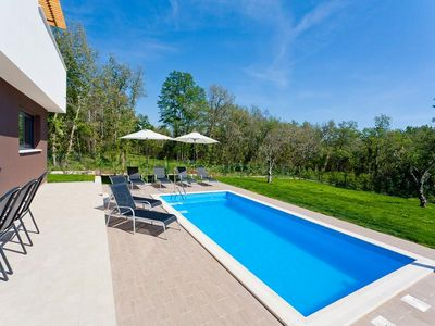Umag luxury villa with pool 4
