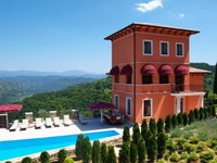 Luxury countryside villa with pool Oprtalj