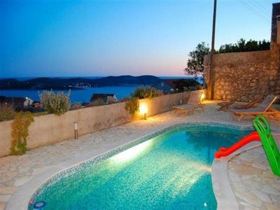 Croatia villa with pool Orasac 9