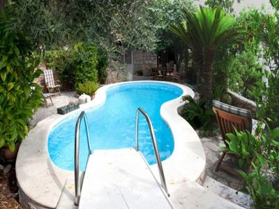 Charming villa with pool Nemira 9