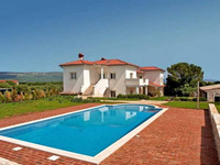 Luxury villa with pool Rakalj